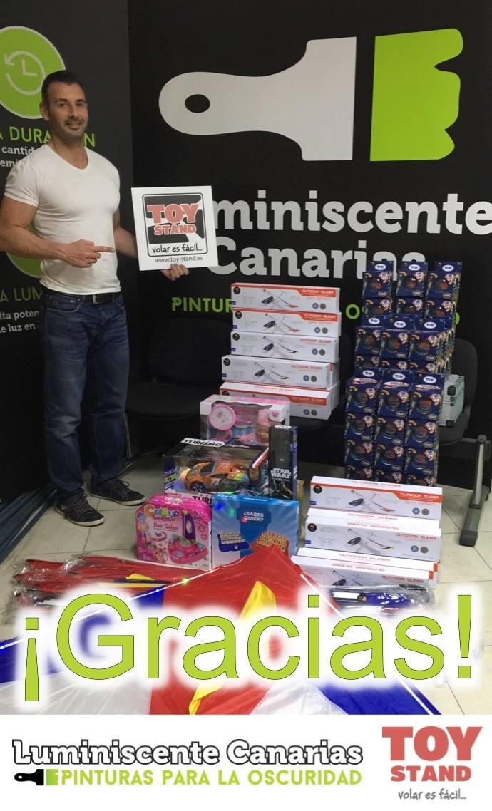 Recogida de juguetes navidad 2016 Luminiscente Canarias