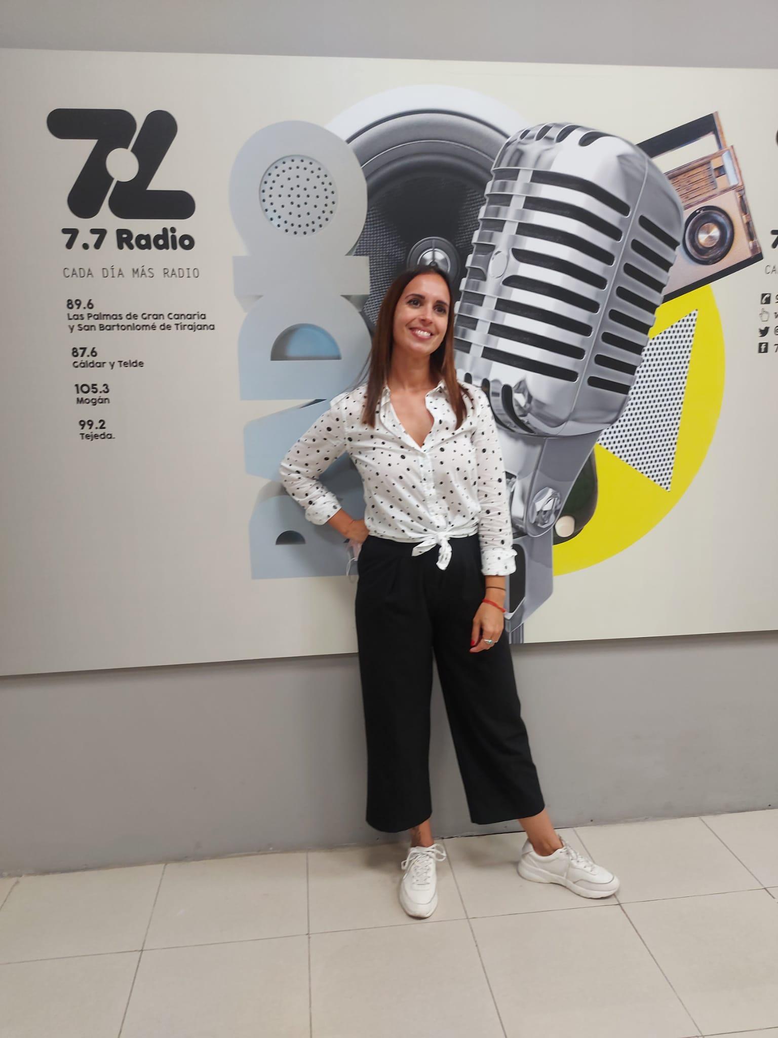 Verónica Hernández en 7.7 Radio