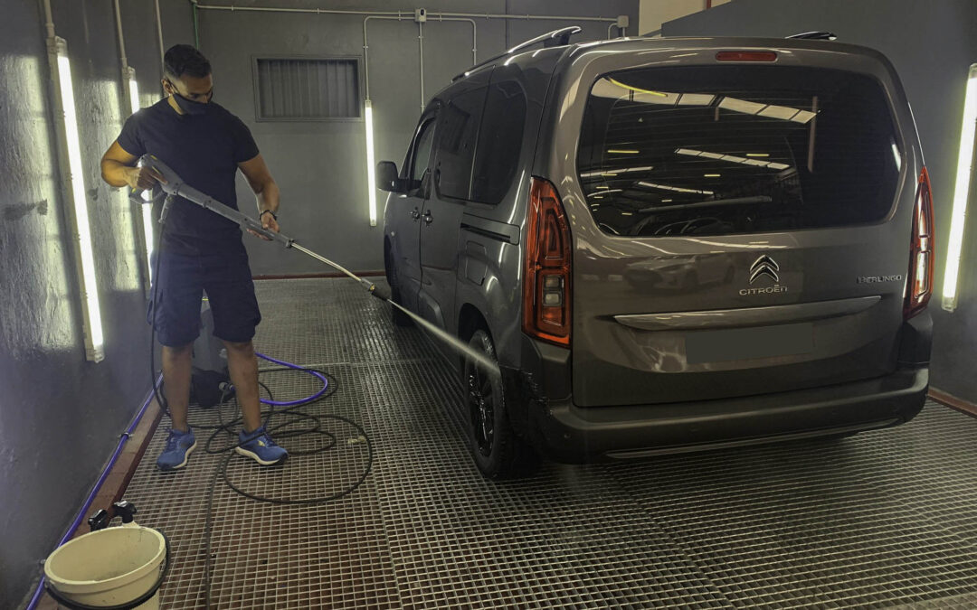 Nuevo servicio de lavado de coches en Las Palmas por 101Racing